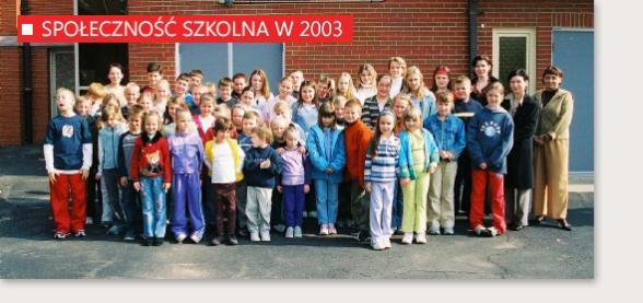 Społeczność Szkoły Kultury i Języka Polskiego w Bridgeport w 2003