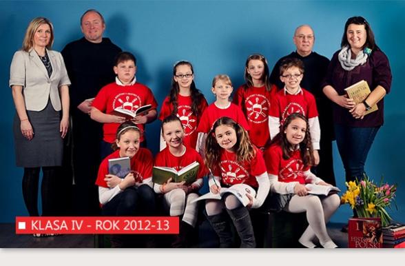 Klasa IV Polskiej Szkoły w Bridgeport w roku 2012-13